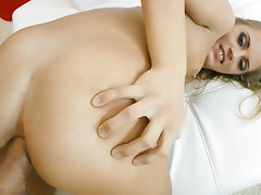 18 year old bitch named Vanda takes Rocco's cock in her assvideo