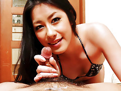 Kinky Ishiguro Kyoka walks all over her man with pedicured feetvideo
