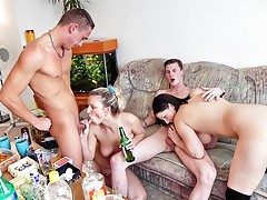 Cool student bash with sexy college fuckvideo